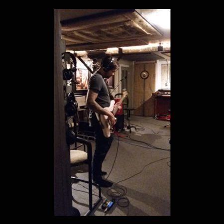 Jay Hogel: bass